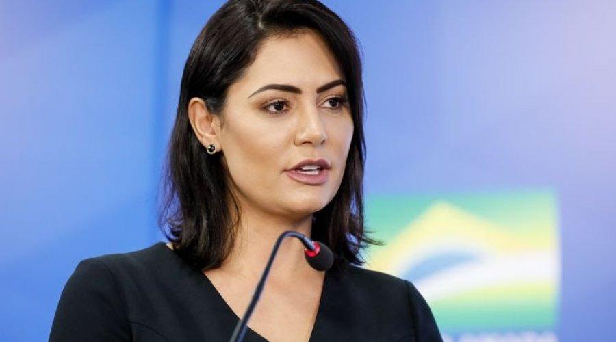 [Michelle Bolsonaro testa positivo para Covid-19, diz Planalto]